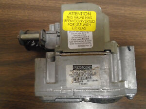 Honeywell Smart Gas Valve Vr8204q2962 For Use With Lp Gas 24v 50 60hz used