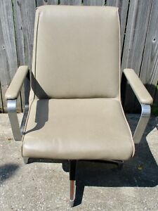 Vtg Heavy Well Made Industrial Arm Chair Salon Office Reception Waiting Room