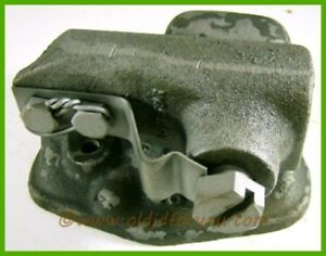 A3358r A3359r John Deere A 60 620 630 70 720 730 Oil Filter Cover Assembly