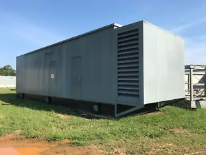 2000kw 2mw Cat Diesel Generator With Enclosure Engine Model 3516
