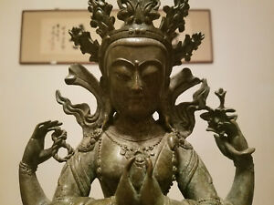 Very Beautiful And Large Bronze Buddha Statue