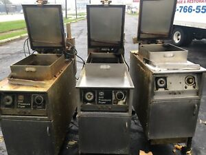 Henny Penny Pressure Fryer Gas 1 220v 4 Hennys Total Sms Fried Chicken Detroit