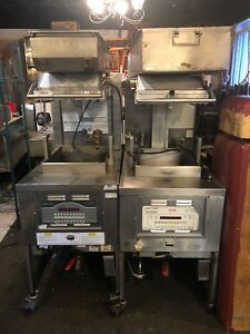 2 Henny Penny Pressure Fryer Gas 1 Pfg 690 One Is Sms Fried Chicken Detroit
