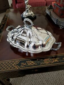 Vintage Sheffield Co Silver Plate Gadroon Covered Entree Dish With Handles