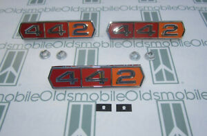 1964 Cutlass 442 Fenders Trunk Emblem Set W Hardware