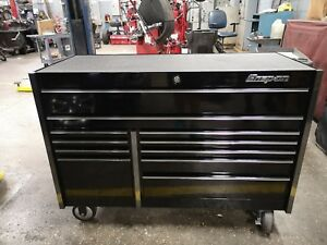 Snap On Tool Box Each Drawer Has Slide Locks And The Finish Is Black Chrome