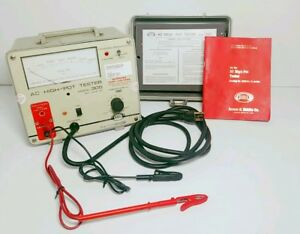 Biddle 305 Ac High Pot Tester 3kv 5ma C w Case And Manual