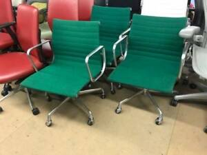 Herman Miller Eames Aluminum Task Chairs Set Of 3 Green Fabric