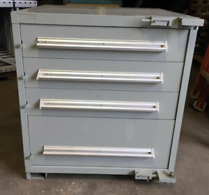 Stanley Vidmar 4 Drawer Industrial Tool Cabinet 30 X 27 1 2 X 33