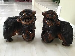 Old Chinese Fengshui Wood Carved Foo Fu Dog Evil Beast Lion Statue Pair