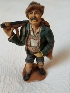 Vintage Hand Carved Wood Hunter Swiss Man Figurine 3855 Brienz Switzerland 7