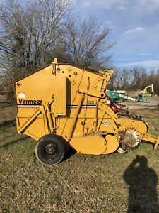 Vermeer 504h Round Baler good Condition Makes Beautiful 4x5 Bales