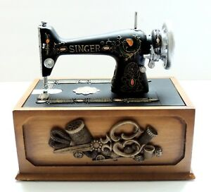 Miniature Singer Sewing Machine Notion Sewing Box Antique Replica Room Decor