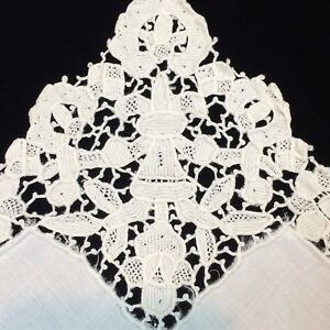 2 Vtg Linen Napkins Point De Venise Lace Trim Hand Made White