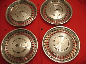 Set Of Four 15 1975 1976 1977 Oldsmobile Cutlass Hubcaps