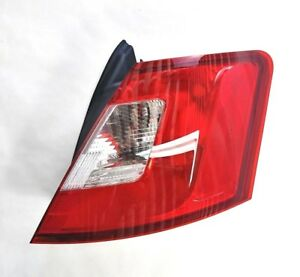 New Oem Ford Taurus Tail Light Passenger Side Right 2010 2012 Ag1z13404e