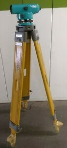 Sokkia C3 30 Auto Level 22x Power Auto Level W case Tripod 8ft Level Rod