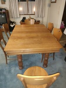 Antique Oak Victorian Dining Table With Three Leaves Table Top 71 X 44
