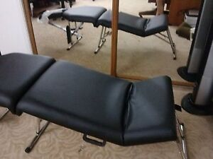 Deluxe Portable Chiropractic Folding Massage Palmetto Table