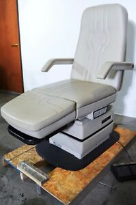 Midmark 417 Podiatry Exam Chair Procedure Power Exam Table With Foot Switch