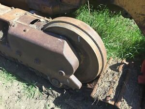 1989 Cat 953 Crawler Track Idler With Shaft P n 7t3501