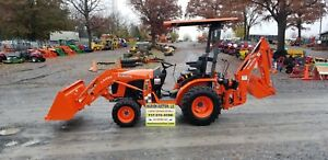 2017 Kubota B2601 Tlb Compact Tractor Only 3 Hrs Factory Warranty