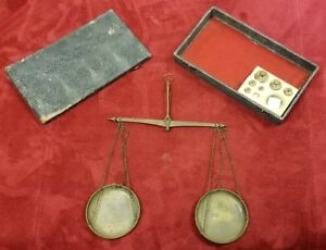 Vintage Hand Held Jewelry Balance Scale Portable With Case Weights
