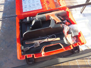 Hilti Dx460 Dx 460 Powder Actuated Tool With X 460 f10 W Case Manual