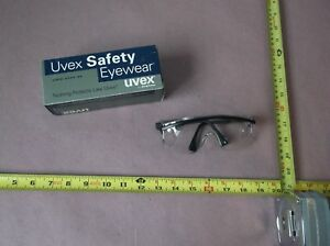 Uvex Astrospec 3000 Safety Glasses S135 Black Frame Clear Anti fog Lens qty 12