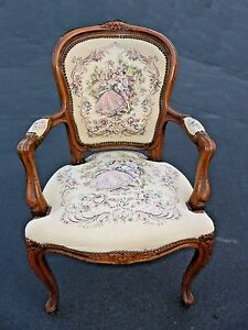 Vintage French Provincial Tapestry Ornate Carved Arm Chair Made In Italy