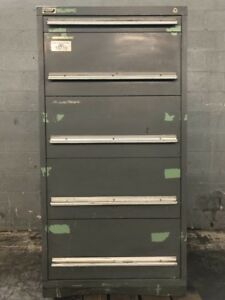Vidmar 5 Drawer Tool Cabinet tools Included