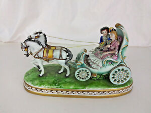 Capodimonte Germano Cortese Figurine Lovers On A Horse Drawn Carriage 11
