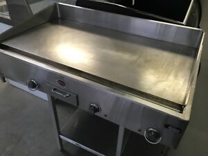 Wells G 24 Commercial Electric Countertop Griddle