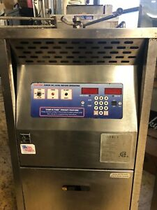Broaster 1800 Pressure Fryer Gas Works Great No Filtration Fried Chickn Detroit