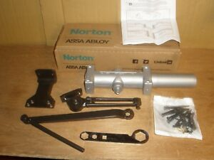 Norton 7500h X 690 Heavy Duty Hydraulic Door Closer Dark Bronze Assa Abloy