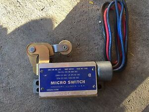 Honeywell Micro Switch Bzln 2 lh Limit Switch W Roller Lever Arm New