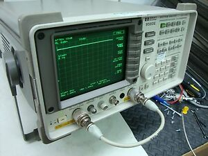 Hp Agilent 8560e Spectrum Analyzer W tracking Generator 30 Hz 2 9ghz Cal d Opt 2