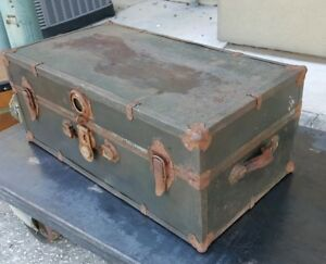 Vintage Antique Metal Steamer Travel Trunk Suitcase Key Early Mid 1900s