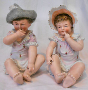 Precious Vtg 2pc 8 Porcelain Bisque Seated Twin Boy Girl Piano Baby Figurines