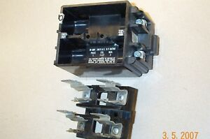 Square D Fsp 230 Fsp 230 Fsp230 2pole 30amp Fuse Block With Fuse Holder Pullout
