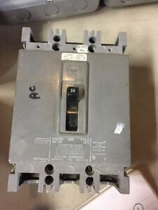 Used Westinghouse Circuit Breaker Hfb3030 30 Amp 3 Pole 600 Vac