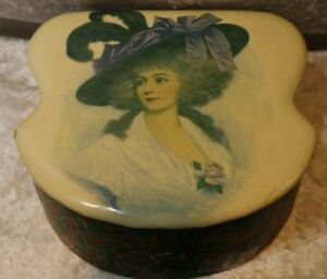 Antique Victorian Collar Cuffs Box Celluloid Top Victorian Lady Holly Leaf Cover