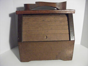 Coggins Crazy Shoe Shine Box Wood Material With Closing Shade
