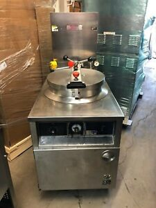 Bki Fkm Chicken Food Cooker Pressure Fryer Electric 208 Volt 3 Phase Filtration