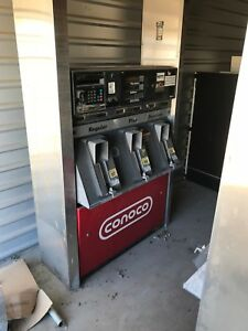 Gilbarco Gas Pump With Card Reader 6 Nozzle