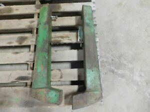 John Deere 520 620 720 Tractor 2 Piece Weight Set A5346r A5347r 02281