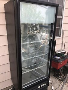 True Gdm 12f 25 Glass Door Reach In Freezer