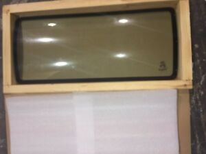 Oem Bobcat Glass Window C 6817370