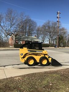 John Deere Skid Steer 320 With High Flo Set Up