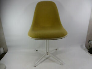Chair Chair Loungechair White Green 70er Eames Hermann Miller